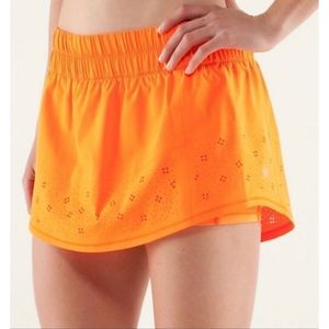 Lululemon Run: Breeze By Skirt *Laser Cut Size 6
